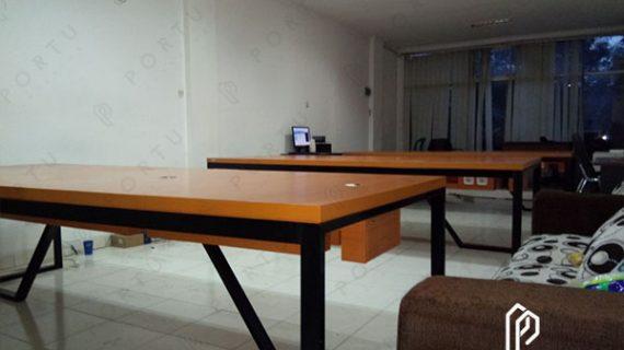 Inilah Beberapa Rekomendasi Material Pembuatan Meja Kantor Anti Rayap